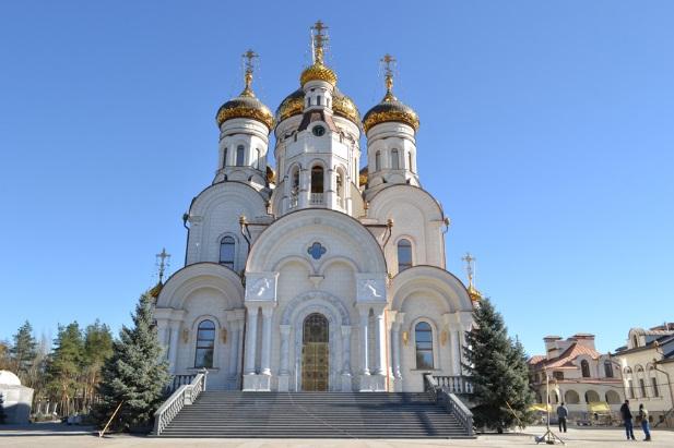 http://pravoslavye.org.ua/wp-content/uploads/2014/08/DSC012.jpg
