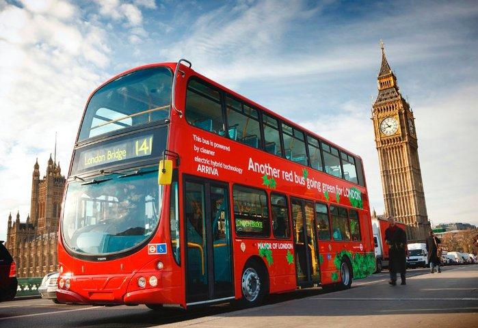 Double decker Даблдекеры - двухэтажные красные автобусы по праву можно назвать визитной карточкой Лондона. Это один из самых быс