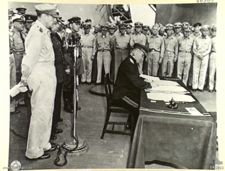 C:\Documents and Settings\User\Рабочий стол\Derevyanko_signing_1945.jpg