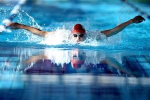 Доклад по физкультуре Плавание Стили и техника класс  hello html m4ef5af8b jpg