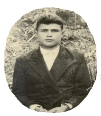 L:\Альбом Мы помним\Погибшие на войне\Лаптев Александр Иванович (1921-1942)\Лаптев Александр Иванович.jpg