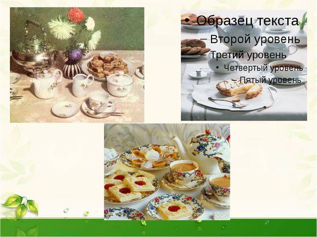 При подаче сладкого блюда на стол ставят для каждого гостя десертную тарел...