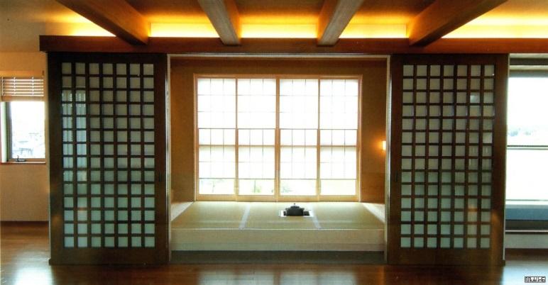 http://miuki.info/wp-content/gallery/interior/j706_okzfju.jpg