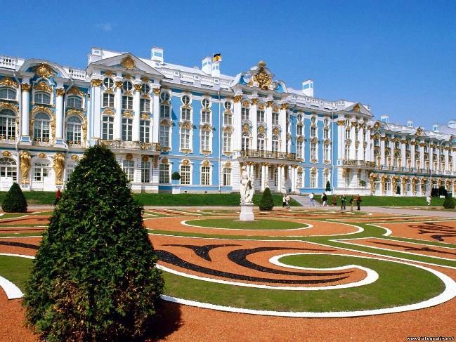 Дворец Екатерины Второй в Санкт Петербурге