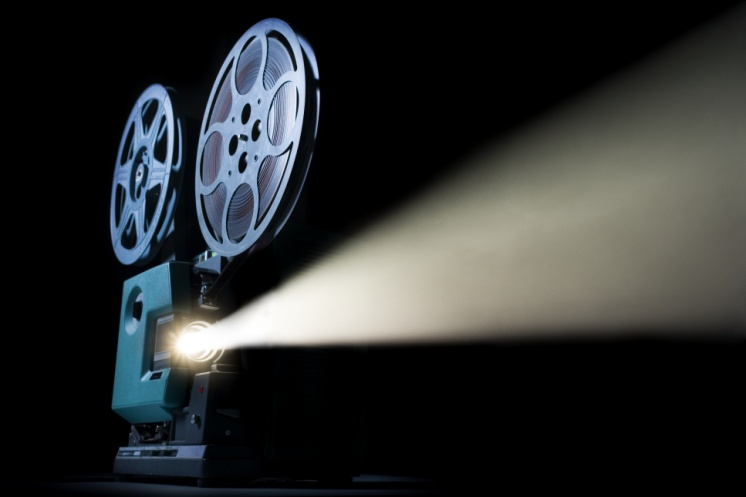 http://images.wired.it/wp-content/uploads/2013/10/le_50_migliori_locandine_cinematografiche_7672.jpg