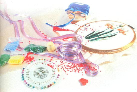 вышивка лентами, материалы, инструменты, аксессуары для вышивания ленточками