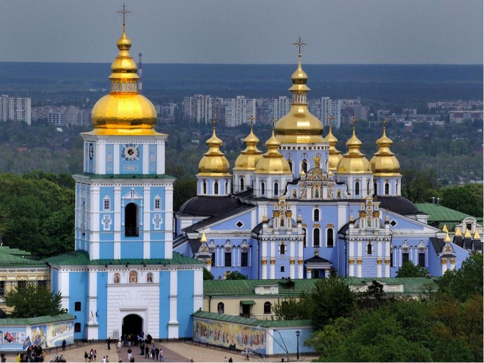 Михайловский Златоверхий монастырь – был создан в 1111-1112 гг.