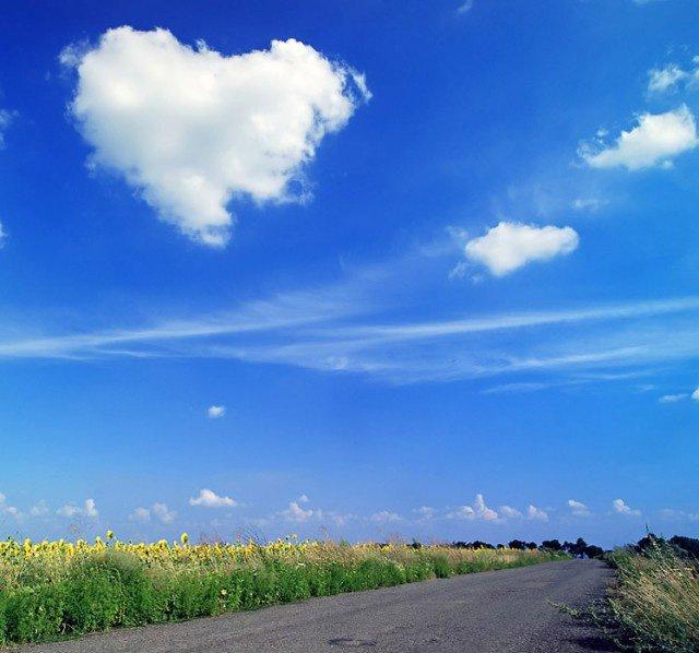 Небо и белые облака