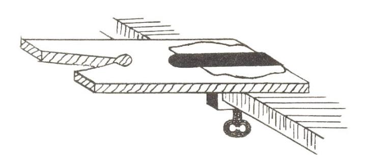 приспособление к верстаку или столу