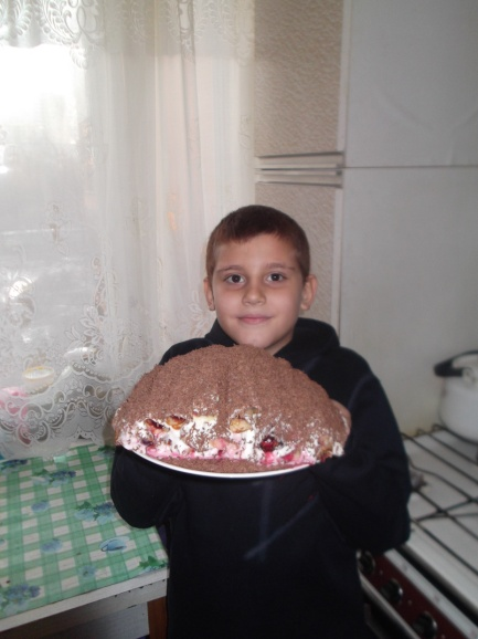 F:\фото кулинария\Эрик и блинный торт\DSCF0075.JPG