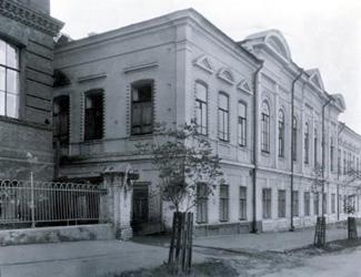 http://www.balletschool.perm.ru/files/image/history/1947_n.jpg