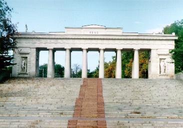 http://www.united-kharkiv.org/photos/ontour/sevastopol/grafskaja_prston346778.jpg