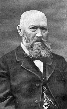 http://upload.wikimedia.org/wikipedia/commons/thumb/1/10/OstrovskiyAN.jpg/220px-OstrovskiyAN.jpg