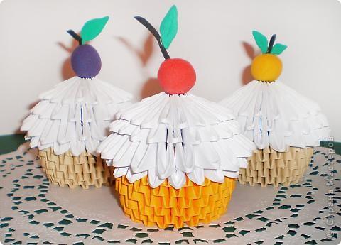 Мастер-класс, Поделка, изделие Оригами модульное: Фруктово-ягодные пироженки к чаю Бумага. Фото 1