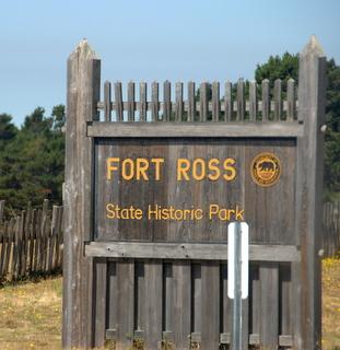 http://ushistory.ru/images/stories/fort_ross_state_park_sign.jpg