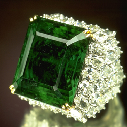 http://www.womenclub.ru/images/stories/fashion/style/historical_emeralds_3.jpg