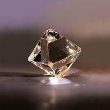 G:\Проект по кристаллам\алмаз.jpg