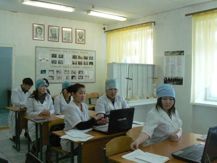 C:\Documents and Settings\Администратор.SAMLAB\Мои документы\Фото 2009-10 уч.год (2,3,4 к)\Открытый урок\p1160575.jpg