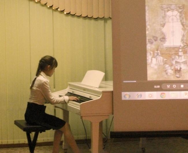 C:\Documents and Settings\Администратор\Рабочий стол\Фото с концерта Чайковского\100CASIO\Варя Рудковская.JPG