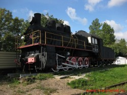 Памятник-паровоз Эм 725-39