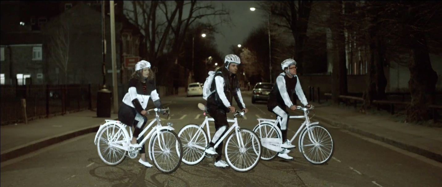 volvo_lifepaint_cyclists