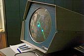 https://upload.wikimedia.org/wikipedia/commons/thumb/2/23/Spacewar%21-PDP-1-20070512.jpg/170px-Spacewar%21-PDP-1-20070512.jpg