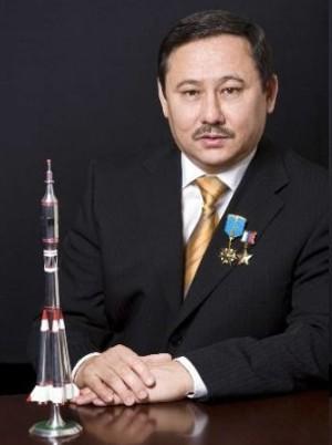 http://qazaq.kz/img/120411-biografiya.biz_.jpg