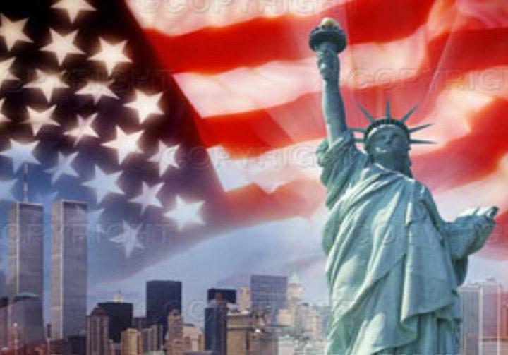American_Flag_&_statue