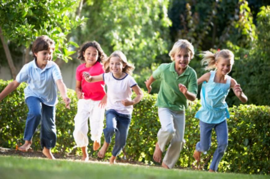 http://www.modernmom.com/media/uploads/2011_07_01/cache/kidsrunning_870X.jpg