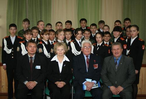 В Бошьшеустьикинском лицее 1 состоялась встреча учащихся с Героем Советского Союза Латыповым Кутдусом Канифовичем - 2009