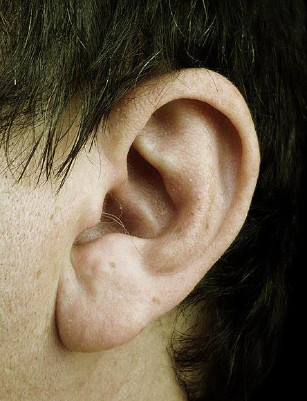 Гадание по звону в ушах
