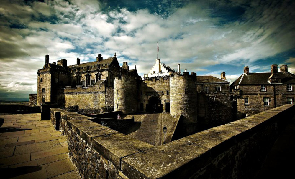 http://www.pusur.no/Bilder/Bilder%20Skottland/stirling_castle_web/3.jpg