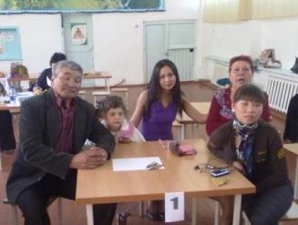 H:\ОРГАНИЗАТОР\день семьи общая папка\день семьи районный 12 мая 2012 года\160120092060.jpg