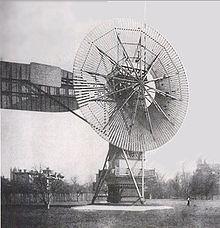 https://upload.wikimedia.org/wikipedia/commons/thumb/5/55/Wind_turbine_1888_Charles_Brush.jpg/220px-Wind_turbine_1888_Charles_Brush.jpg