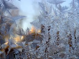 Картинки по запросу нарисованный мороз на окне