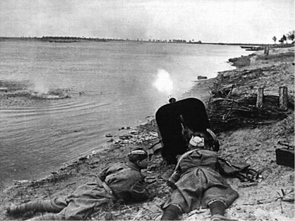 Николай Францевич Гастелло В действующей армии с июня 1941 г. командир эскадр...