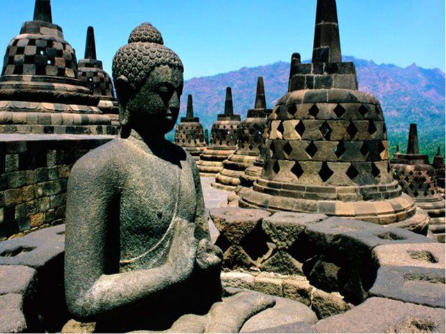 Войдём в буддийский храм. Золотая Обитель Будды Шакьямуни