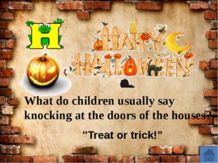 Geography It is not far from London. It has the Museum of old ships. Besides
