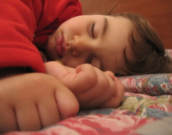 800pxa_child_sleeping