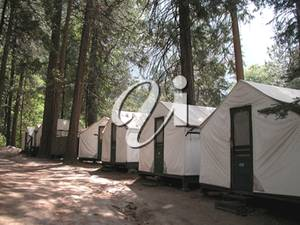 C:\Users\Виндоус7\Downloads\Stock_Photo_Tent_Cabins_In_Curry_Village_Yosemite_130510-074847-547001.jpg