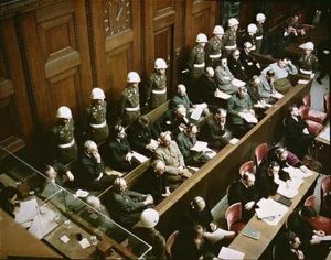 http://traditio-ru.org/images/thumb/3/39/Defendants_in_the_dock_at_nuremberg_trials.jpg/300px-Defendants_in_the_dock_at_nuremberg_trials.jpg
