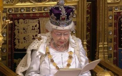 Королева Великобритании выступила с тронной речью в парламенте Подробности-ТВ Видео Новости. Новости дня на сайте Подробности.