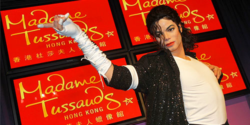 http://www.discoverhongkong.com/eng/images/see-do/highlight-attractions/large/1.1.2.4-Madame-Tussauds_03c.jpg