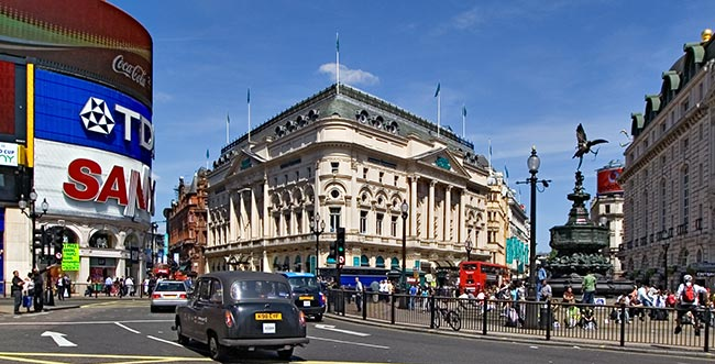http://www.inetours.com/England/London/images/Picadilly/Picadilly_8493.jpg