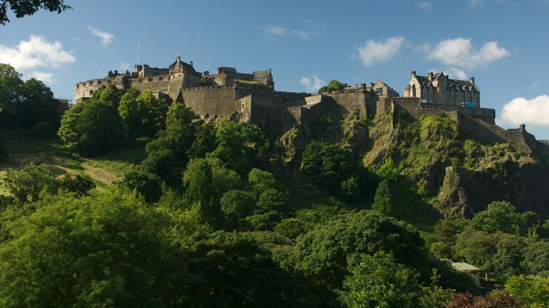 http://www.clge.eu/images/news/E_Castle.jpg
