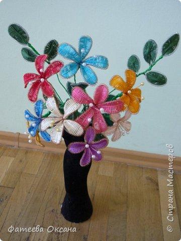 Поделка изделие Ганутель Цветы в технике Ганутель Нитки фото 1