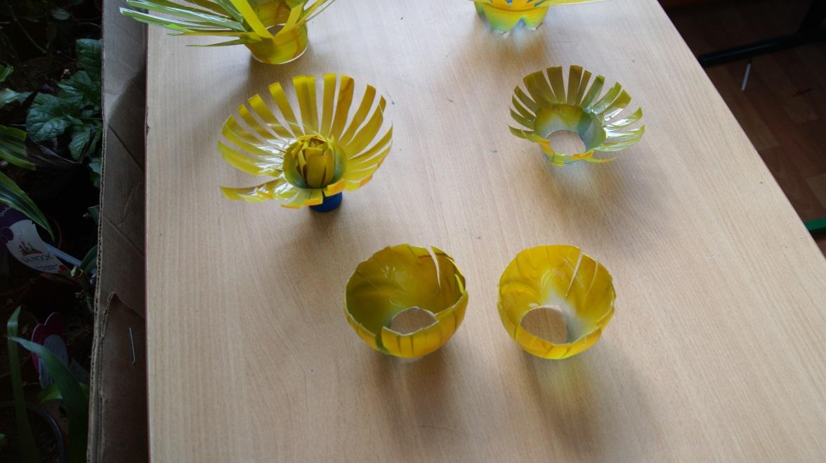 C:\Users\Мария\Desktop\цветы для мамы\фото производства цветов\одуванчики\DSC02782.JPG