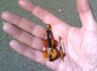 http://polina-borisova.name/images/violin_images/photo/preview/14.jpg