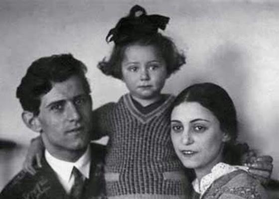 Майя Плисецкая с мамой и папой