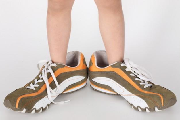 calzature--grande-formato--persona--bambino_3339535